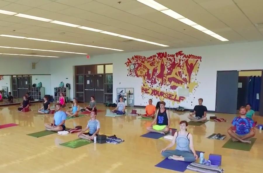 vinayasa yoga class
